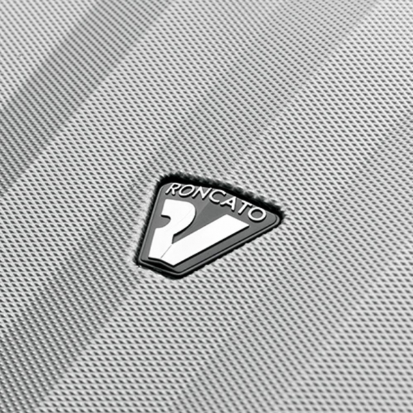 قیمت و خرید چمدان رونکاتو ایتالیا مدل اونو اس ال سایز بزرگ رنگ نقره ای رونکاتو ایتالیا – roncatoiran UNO SL RONCATO ITALY 51410925 3
